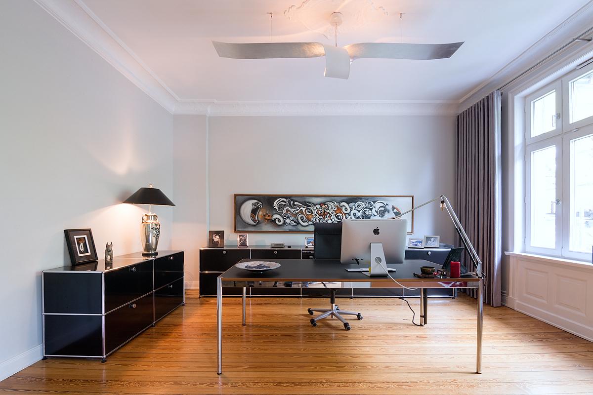 Stadtvilla Hamburg, Arbeitsbereich/Büro: Farbberatung, Gestaltung der Oberflächen, Möbelierungskonzept, Licht (Entwurf und Lampenbau)