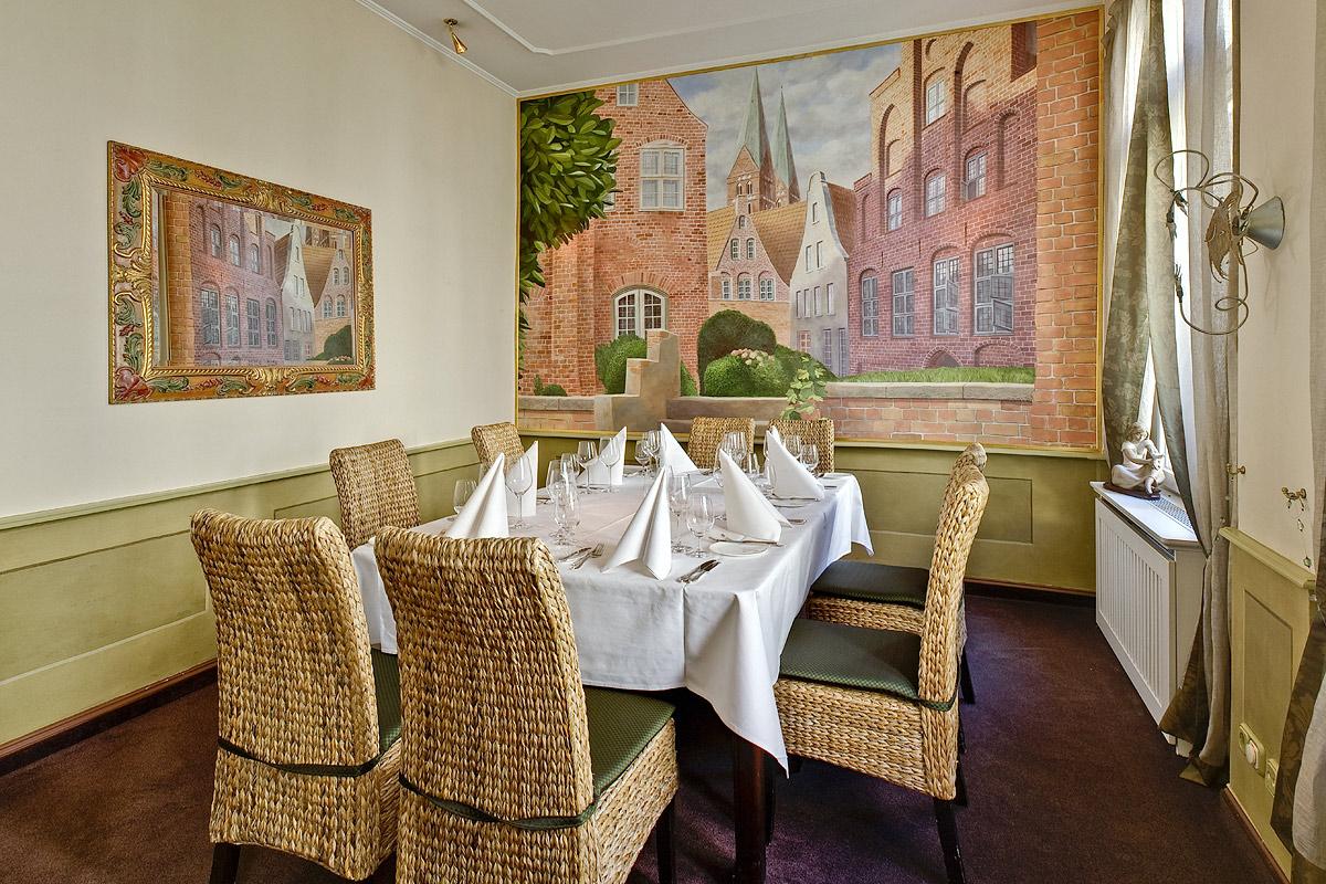 Restaurant Wullenwever Lübeck – Traditionszimmer: Gestaltung der Oberflächen, Entwurf und Umsetzung des Wandbildes